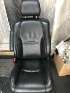 [車のシート]レザーシートの修復