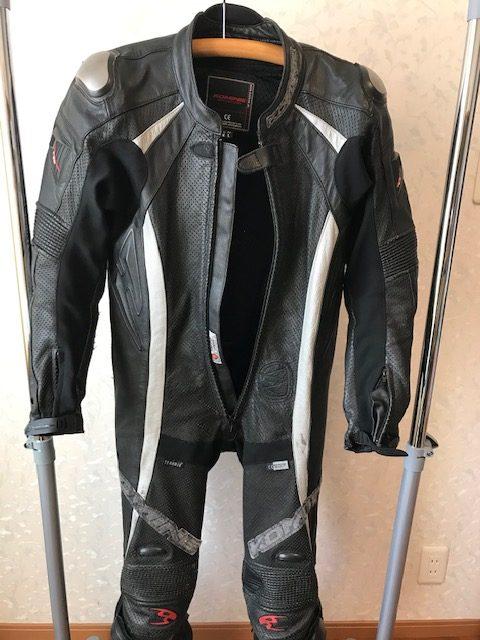 [レーシングスーツ]  バイク用レーシングスーツ傷補修と染め直し