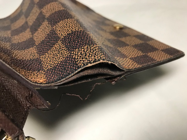 [Louis Vuitton]  二つ折り財布の修理