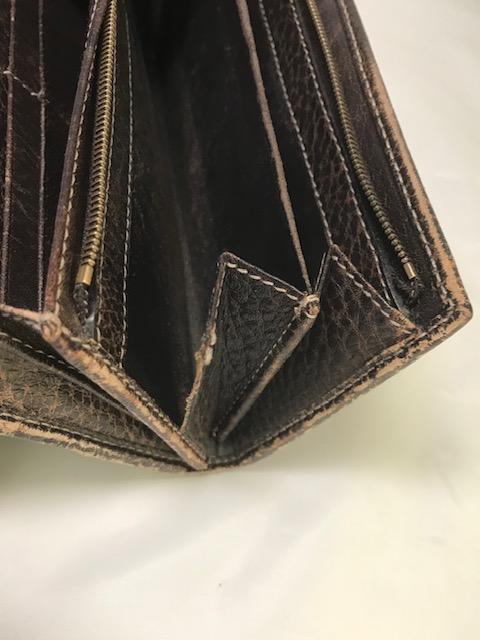 [GUCCI]  財布のマチの破れ修理